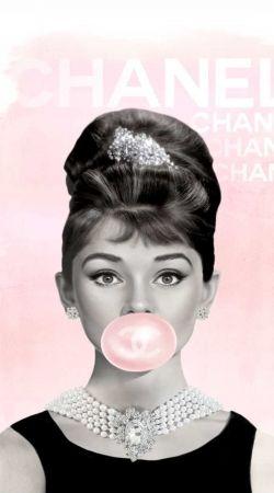 Audrey Hepburn bubblegum