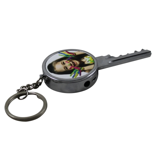 Customizable keychain gas lighter