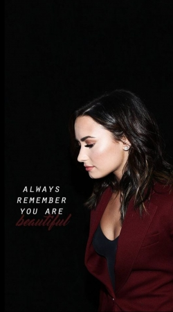Demi Lovato Always remember you are beautiful